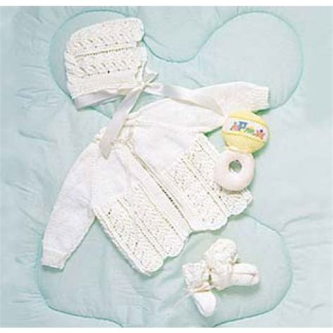 baby sets knitting patterns maxim free baby layette set knit pattern