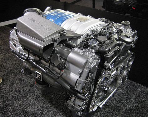 Motor Mercedes by Mercedes M156 Engine