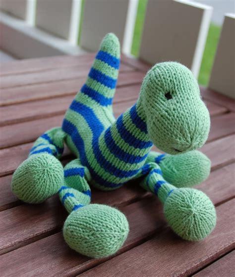 knit a dinosaur knit dinosaur kristinkreations