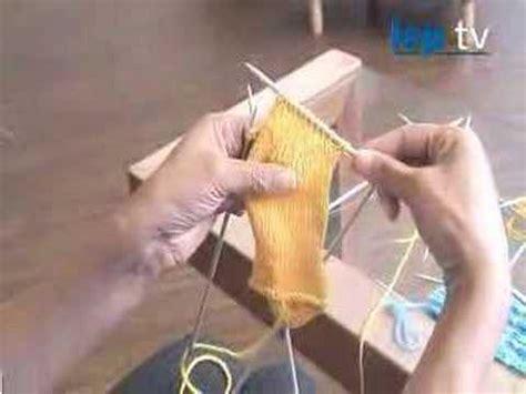 how to turn a heel when knitting a sock how to knit socks part 3 turn heel shape heel gu