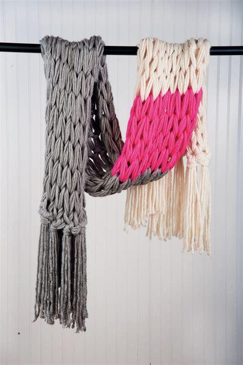 how to end arm knitting beautiful arm knitting tutorials u create