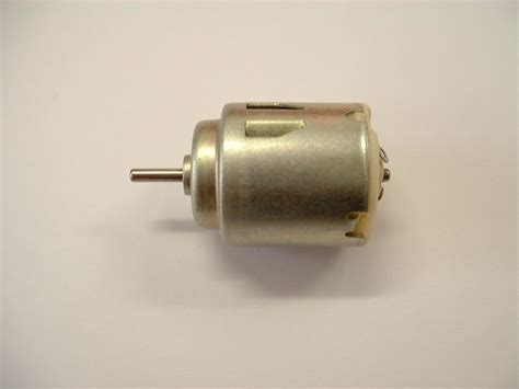 Hobby Electric Motors by Small Electric Motor 1 5v To 3v For Model Boats Hobbies
