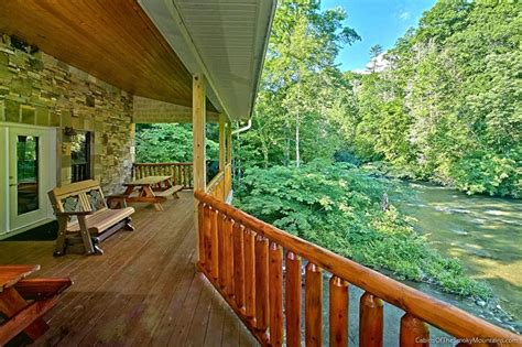 1 Bedroom Cabins In Pigeon Forge Tn gatlinburg cabins smoky mountain cabin rentals from 115