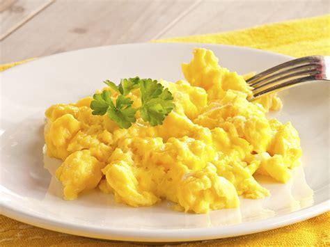 scrabbled eggs scrambled egg breakfast corona breakfast and lunch