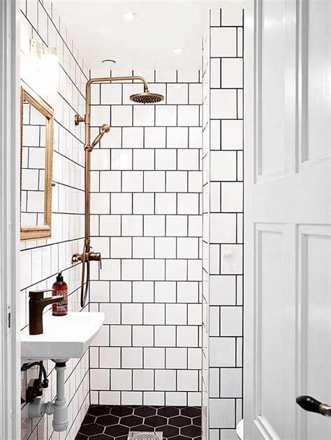 white bathroom tiles ideas best 25 small space bathroom ideas on small