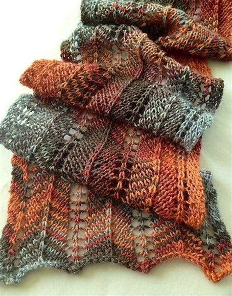 best knitting patterns for variegated yarn 242 best images about knitspiration variegated yarn