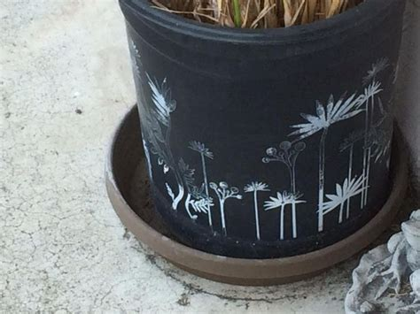 acrylic paint on plastic pots use acrylic paint for plastic or ceramic pots foam or