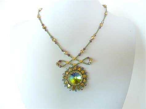 bead pendant patterns free beading pattern for sunburst rivoli pendant
