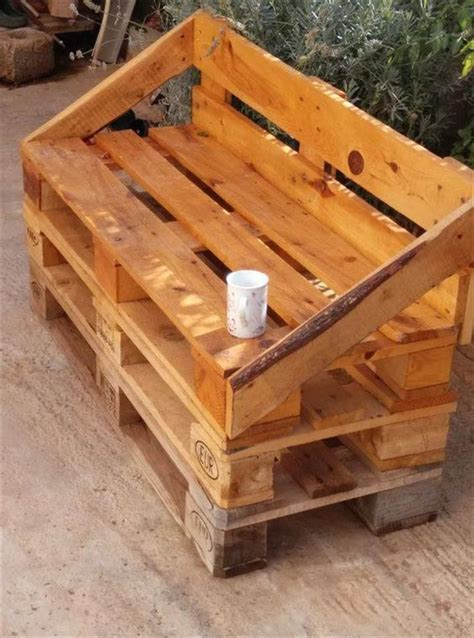 pallet woodworking 25 best ideas about pallets on pallet ideas