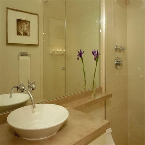 simple small bathroom ideas small bathrooms remodels ideas on a budget houseequipmentdesignsidea