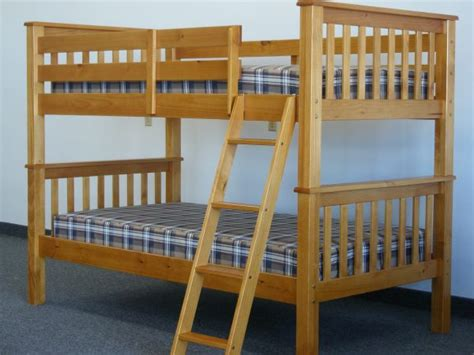 on bunk beds buying the right bunk bed mattress