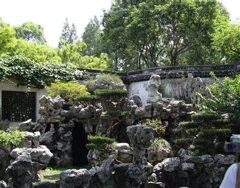 china garden rock file yuyuan garden rocks jpg