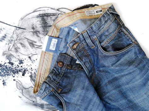 acrylic paint on denim a great pair of to buy this winter meltinpot