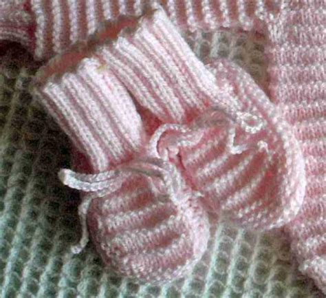 free garter stitch knitting patterns for babies baby booties archives free baby knitting