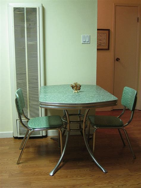 vintage kitchen tables 25 best ideas about formica table on vintage
