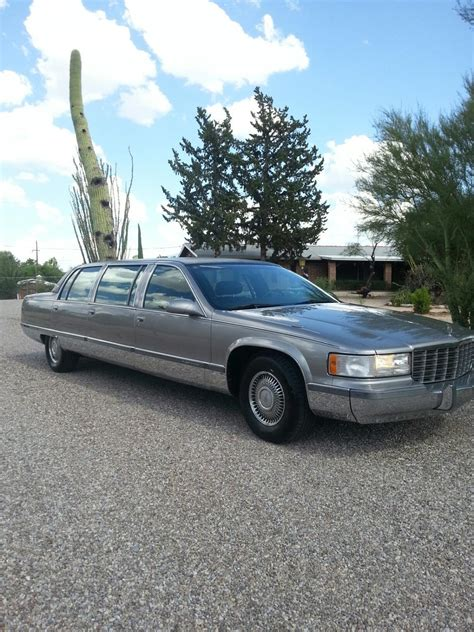 1996 Cadillac Fleetwood by Amazing Condition 1996 Cadillac Fleetwood Limousine For Sale