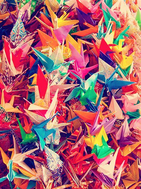 origami cranes symbolism japanese origami 折り紙 punipunijapan