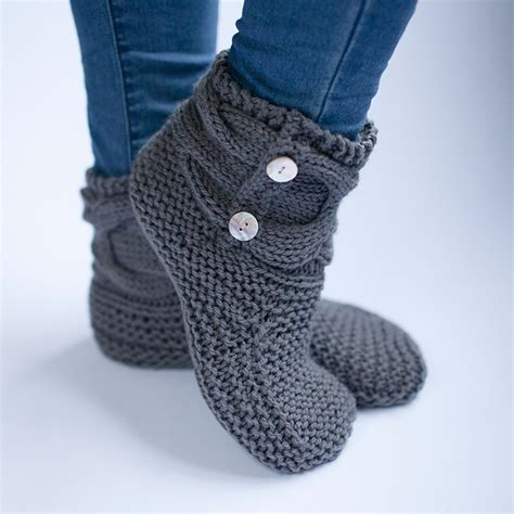free slipper patterns to knit or crochet simple knit slipper booties free pattern the woven