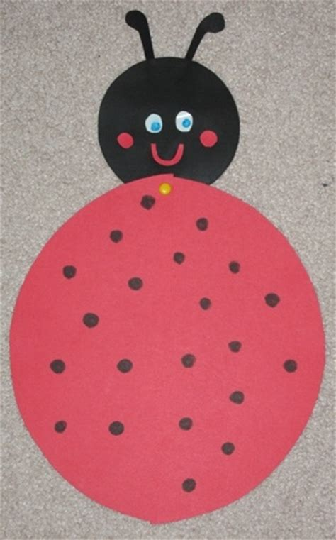 ladybug paper plate craft ladybug paper plate craft bugs and insects