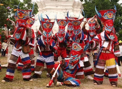 parade ta phi ta khon