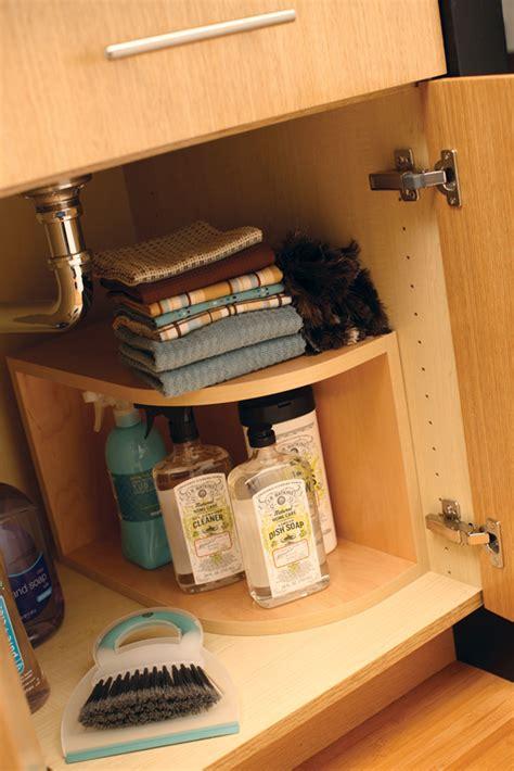 kitchen sink storage solutions cardinal kitchens baths storage solutions 101 sink