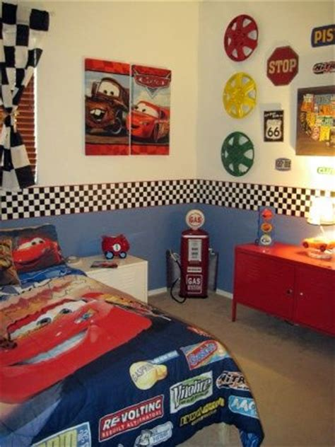 Car Room Wallpaper by Best 25 Toddler Boy Bedrooms Ideas On Toddler