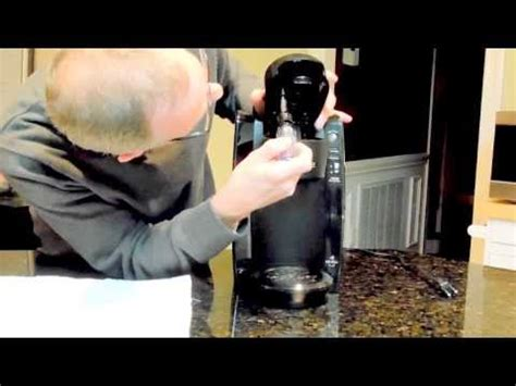 Keurig Coffee Maker Fix. Not Pouring Anymore   How To Save Money And Do It Yourself!