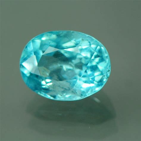 faceted gemstone faceted apatite oval cha26 gemhunters