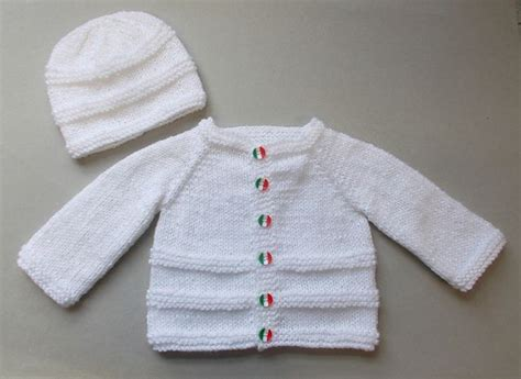 easy baby sweater knitting pattern this free pattern is so easy to knit pinteres
