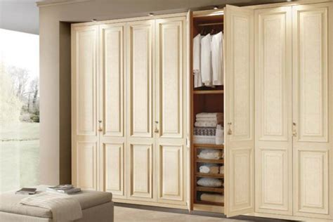 Best Home Interiors iwardrobes co uk bespoke fitted wardrobes walk in