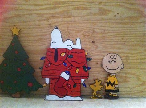 snoopy yard decorations peanuts brown snoopy woodstock