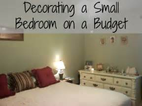 decorating a bedroom on a budget decorating a small bedroom on an even smaller budget