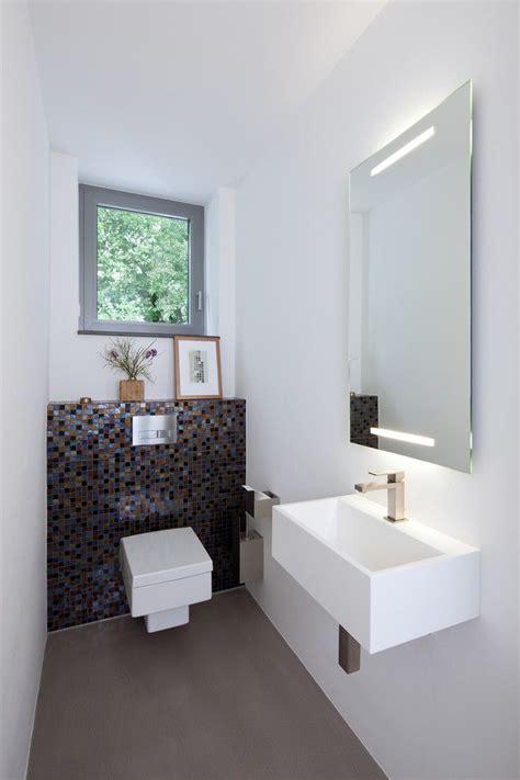 Kleine Gästetoiletten Gestalten by Kleines G 228 Ste Wc Modern Stil F 252 R G 228 Stetoilette Mit Fenster