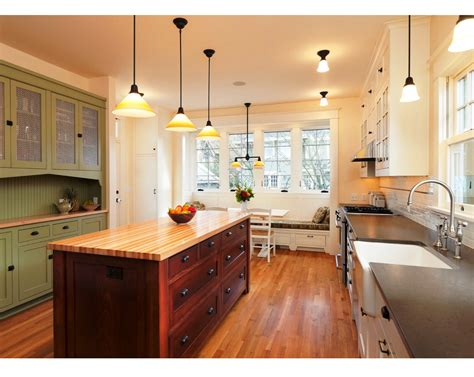 small galley kitchens designs the best galley kitchen designs for efficient small kitchen