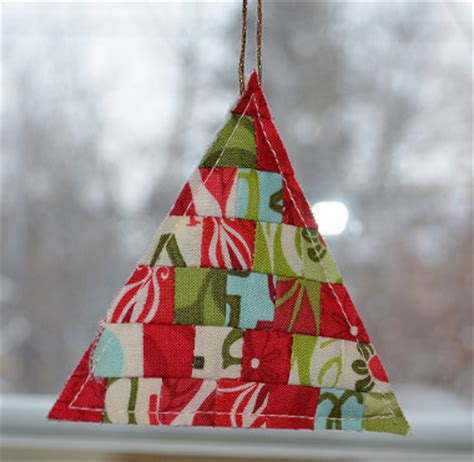 quilting crafts quilt ornaments 17 projects to hang on your