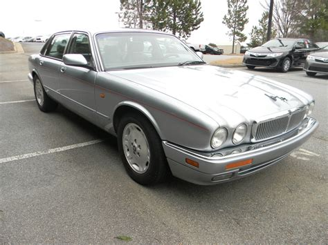 auto air conditioning repair 1992 jaguar xj series electronic throttle control service manual how to recharge a 1995 jaguar xj series air conditioner breezelasbre73 1995