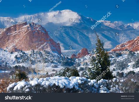 Garden Of The Gods Winter Pikes Peak Soaring Garden Gods Stock Photo 43554466