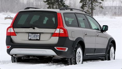 2008 volvo xc70 road test review carparts com 2008 volvo xc70 3 2 awd road test editor s review car news auto123