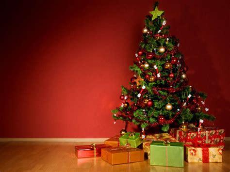 weihnachtsbaum aus plastik weihnachtsbaum b 228 ume aus papier plastik lifestyle