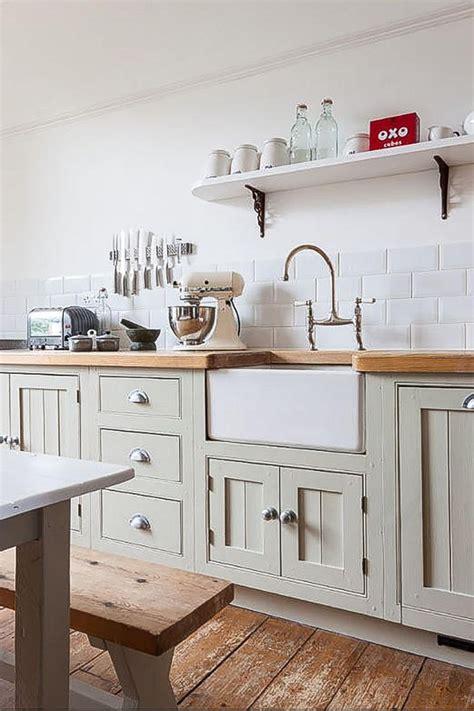 cottage kitchens the cottage style kitchen tile mountain