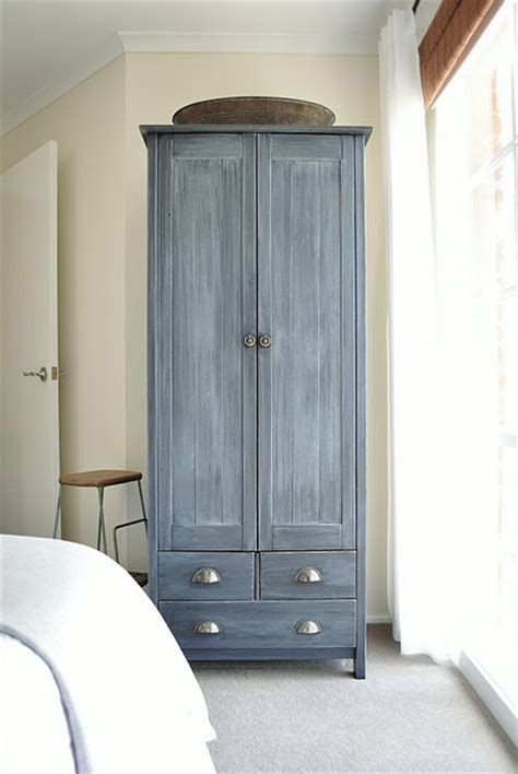 grey wash bedroom furniture 1000 ideas about gray wash furniture on grey
