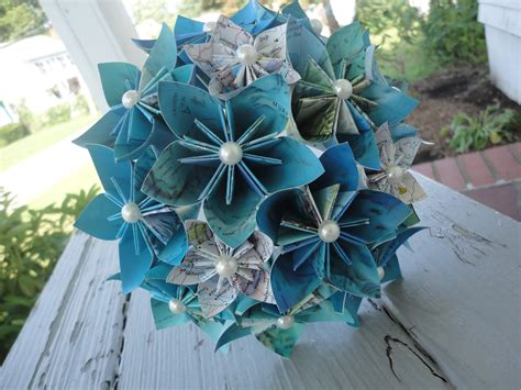 easy origami flower bouquet map paper flower bouquet bridesmaid bouquet wedding kusudama