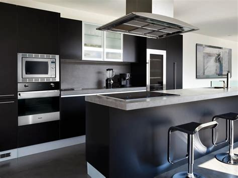 23 beautiful kitchens 23 beautiful kitchen designs with black cabinets page 4 of 5