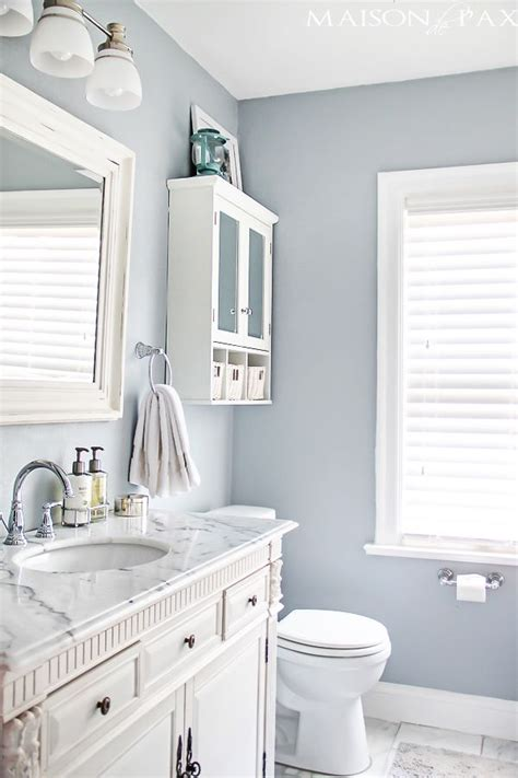 ideas to paint a bathroom best 20 small bathroom paint ideas on small