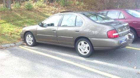 2000 Nissan Altima by 2000 Nissan Altima Image 18