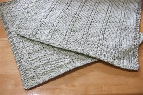 baby blankets knitted easy simple lines knitted baby blankets free knitting patterns
