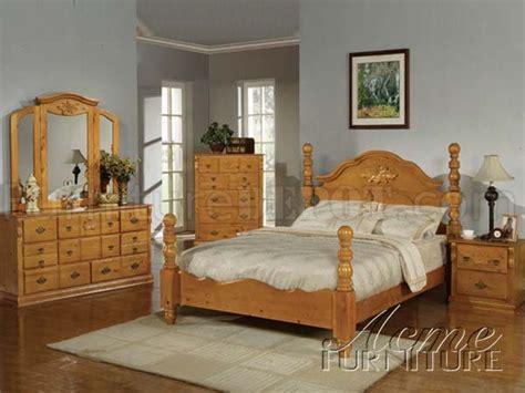 honey oak bedroom furniture 08390 ponderosa honey bedroom in honey oak by acme