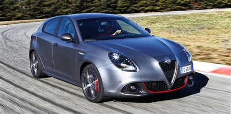 Alfa Romeo Julieta by 2017 Alfa Romeo Giulietta Detailed Ahead Of October Debut