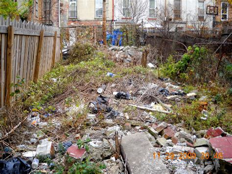 Garden City Ny Garbage Up Landlord Wants Rent After Decrepit Lot Is Improved Ny