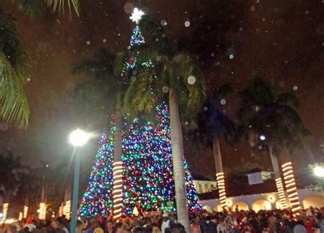 delray tree lighting santa and tree lighting 2012 delray fl